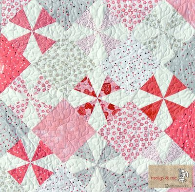 Kiss-me-quilt_meags-and-me_logo